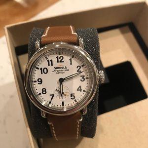 Shinola Runwell  36mm Watch White Face